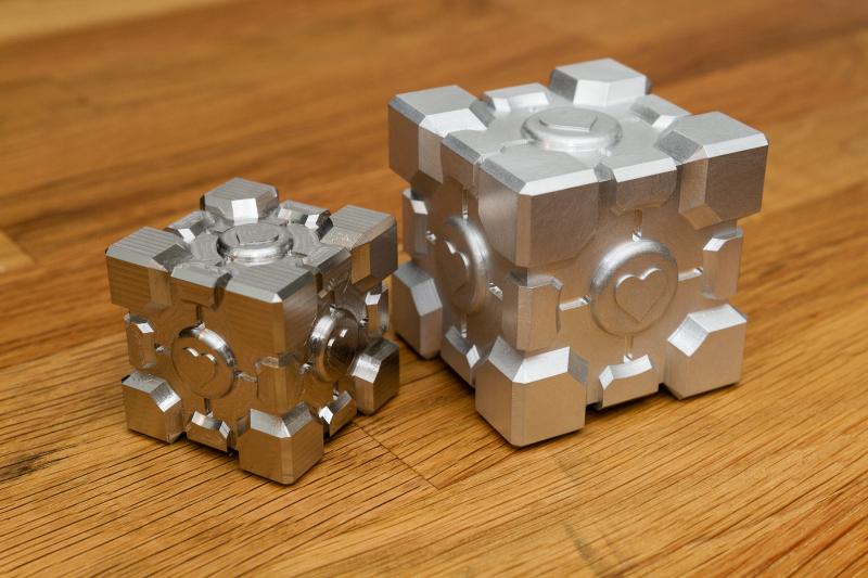 Stainless Steel (left) vs Aluminum (right)