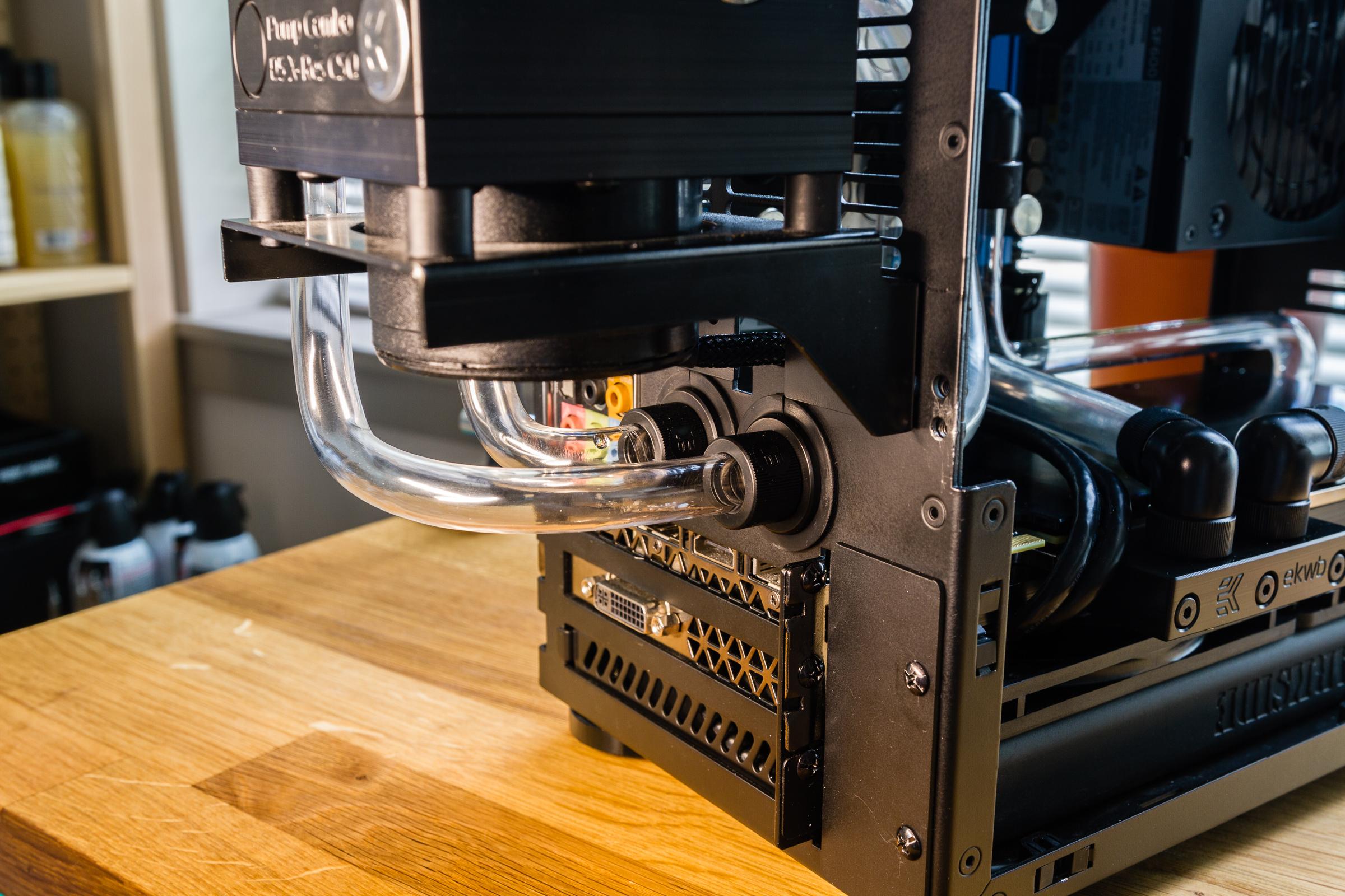 NCASE M1 Workstation Computer | 0x7D.com