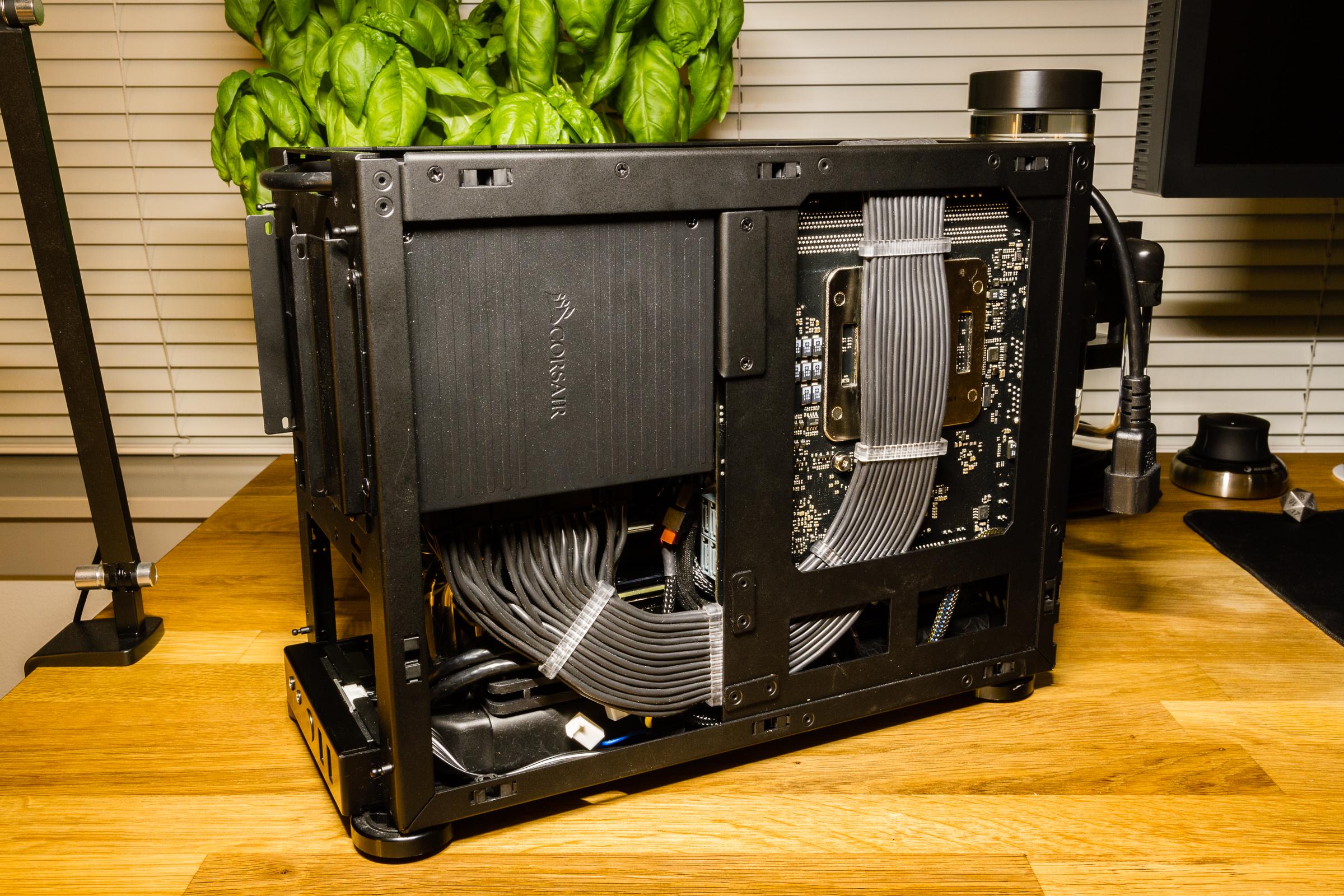 Push Pull Cables >> NCASE M1 Workstation Computer | 0x7D.com